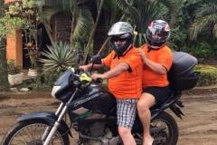 Hospedes com suas motos na Pousada Villa Nakara3